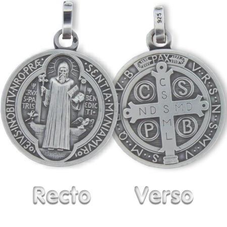 Médaille saint Benoit en argent.