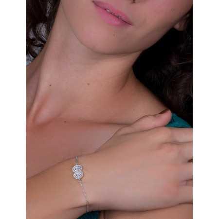 Bracelet amour infini en argent porté